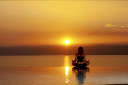 Dead Sea Infinity Pool Yoga