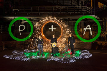 Photo+Adventure Lightpainting by ZOLAQ