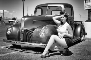 Cars & Girls, © Robin Preston