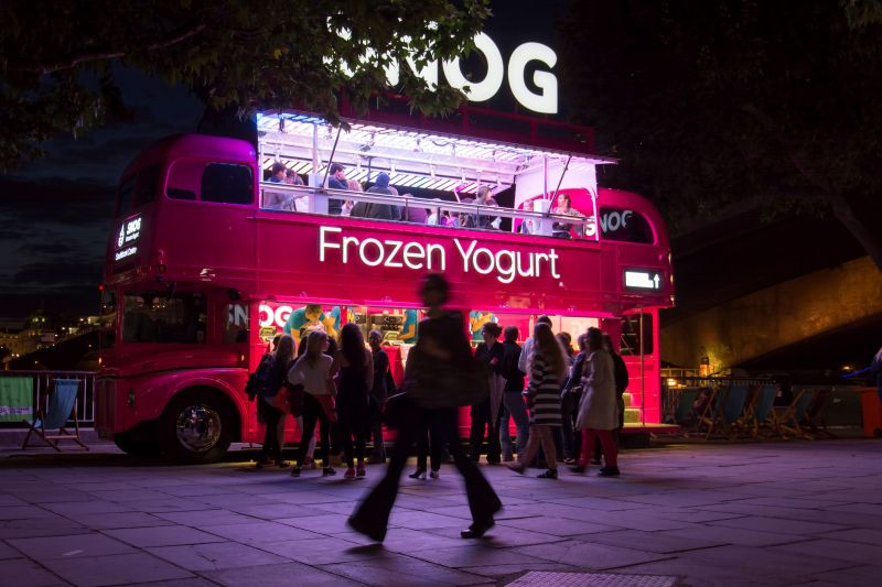 Frozen Yoghurt in London (c) Robin Preston