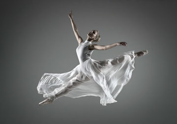 Ballettfotografie – Tanz in die Dunkelheit, © Sascha Hüttenhain