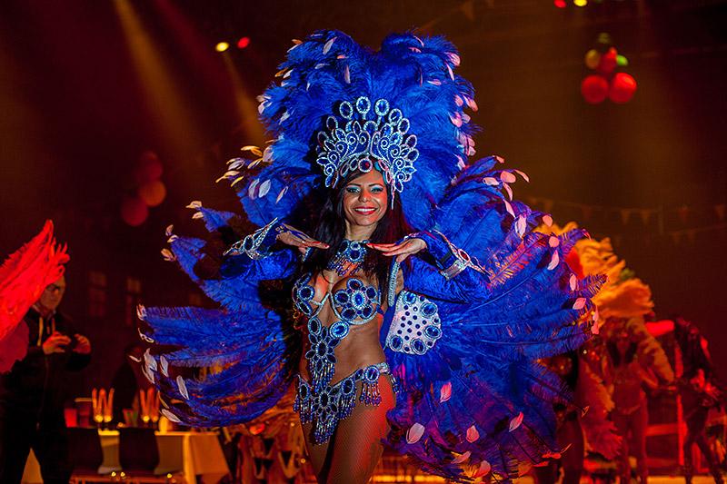 Brasilianische Girls Tanzen Vor Der Kamera