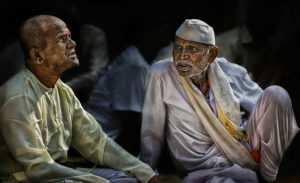 """""""Dialog"""" im südlichen Indien, © Josef Schwarz"""